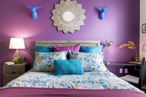 Сочетание фиолетового и бирюзового