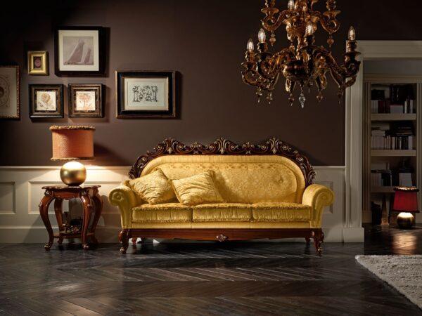 Фото золотого дивана